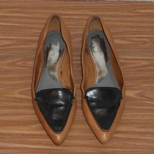 Coach Walsh genuine leather pointed toe flats